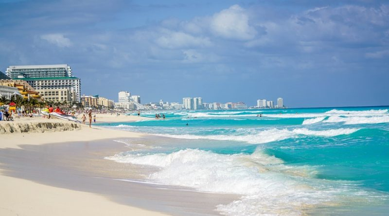 Beach Cancun Hotel Coastline Waves People Mexico